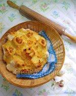 Pan al ajo y edam (vegetal)