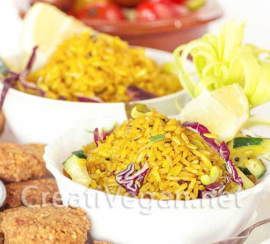 Ensalada de arroz integral al curry